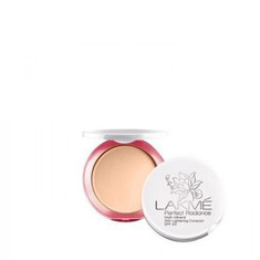 Lakme Perfect Radiance Intense Whitening Compact SPF 23 Ivory Fair 01(8 G) (Pack Of 2)